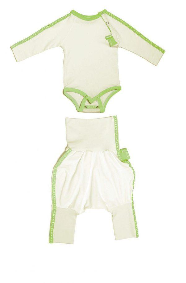 Green organic cotton viscose bamboo pieces for babies.